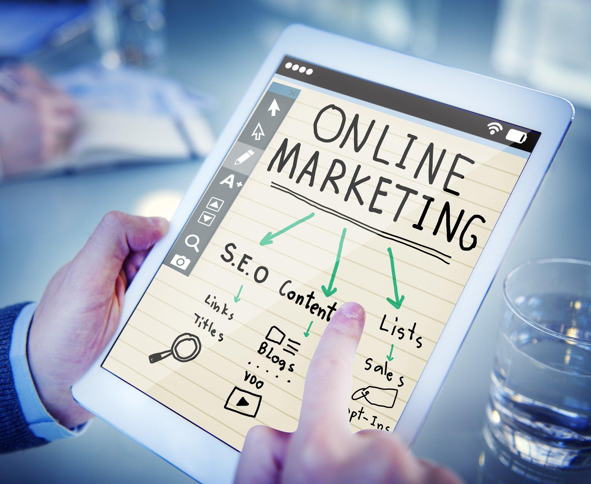 Claves para integrar el mundo digital en tu estrategia comercial y de marketing