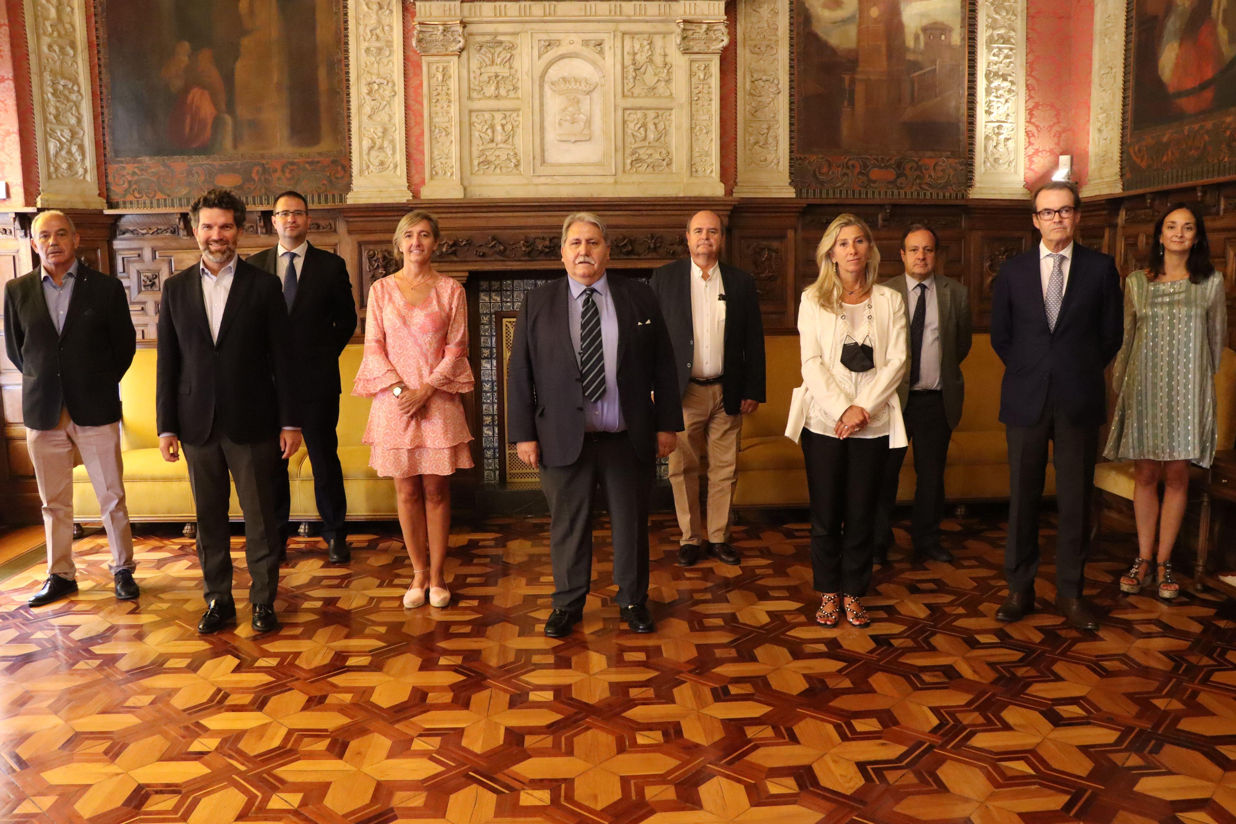 El Comité Ejecutivo se reúne en la sala donde se fundó Cámara Zaragoza