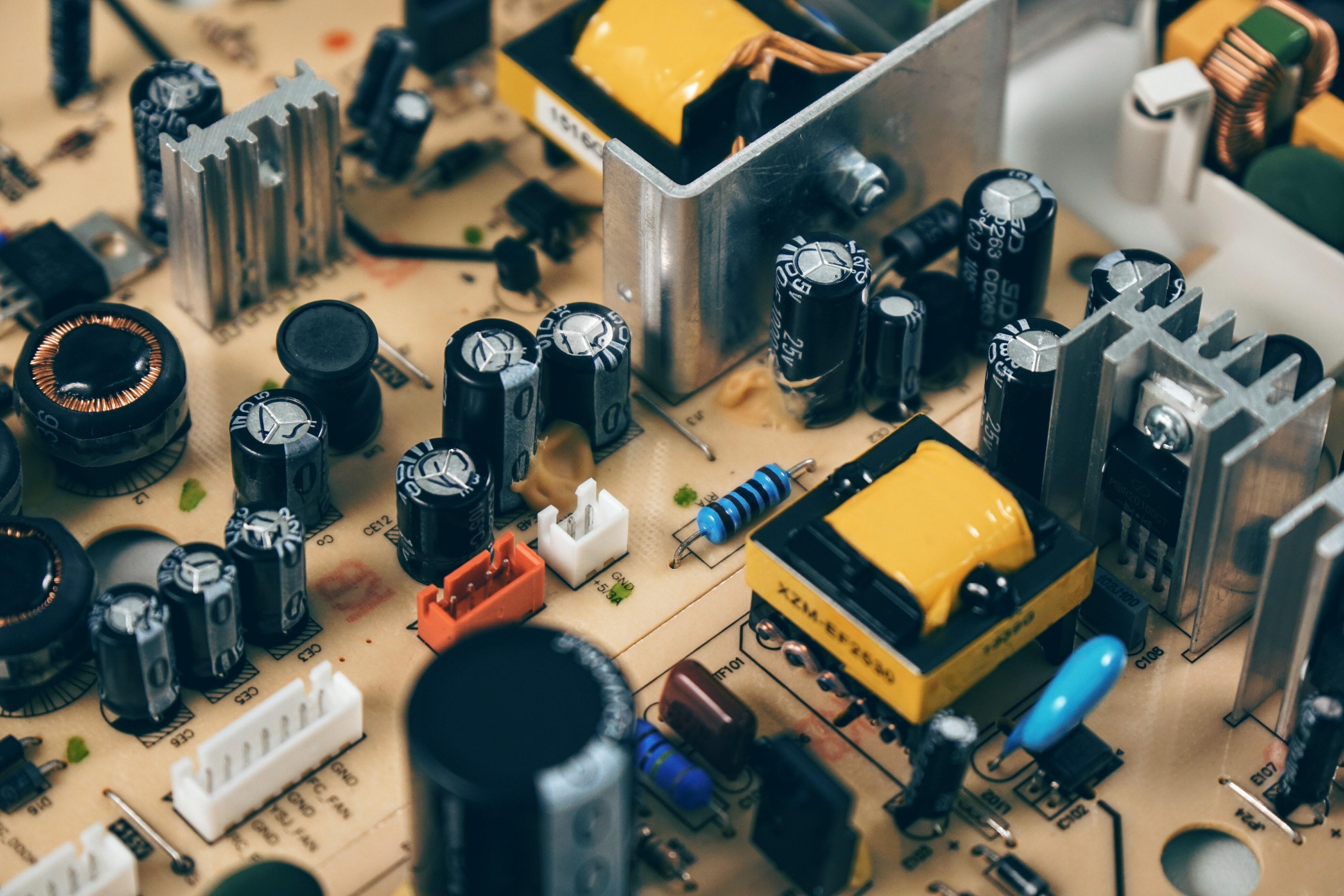Curso de electrónica y Arduino