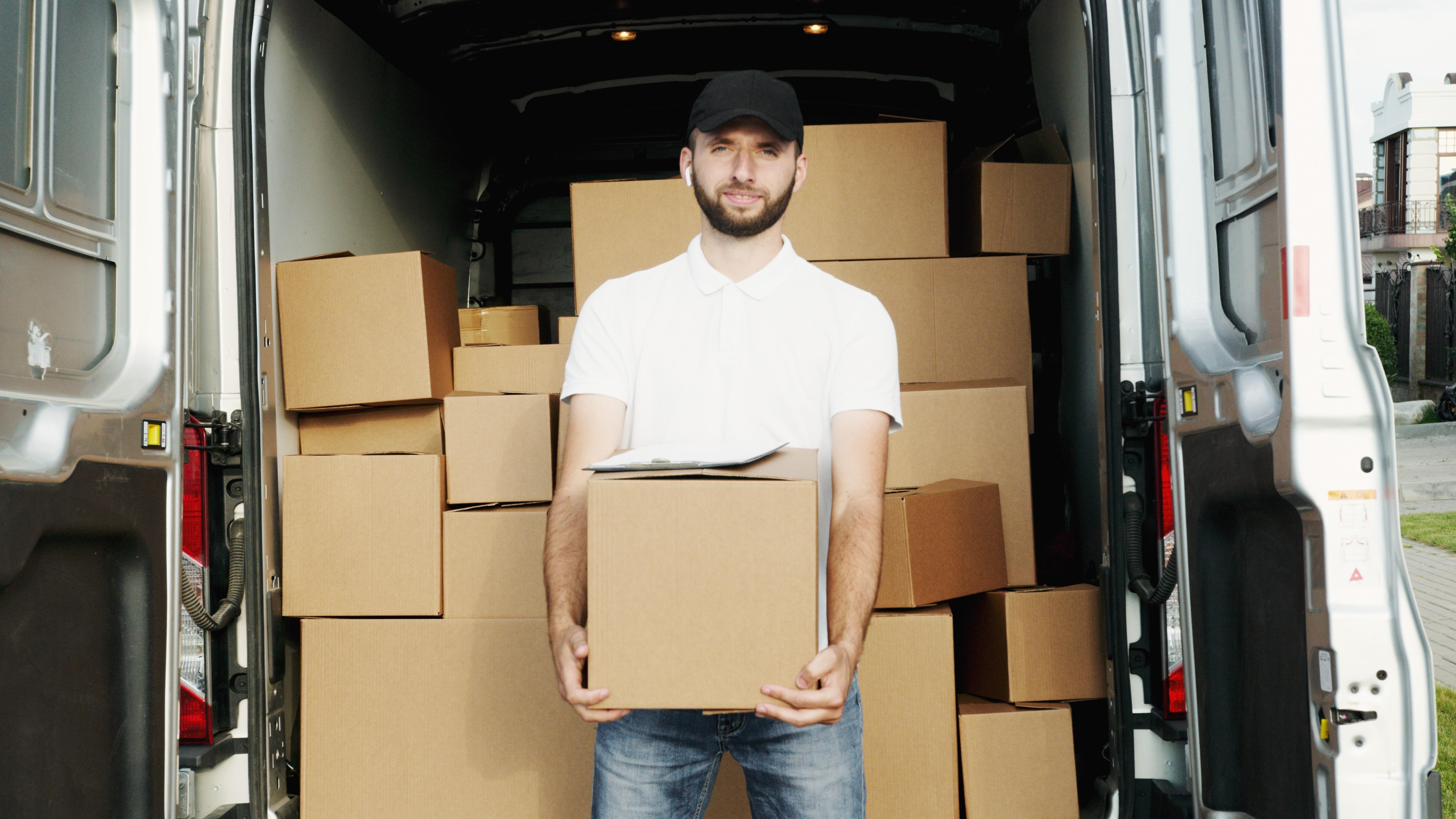Curso de reparto de paquetería con prácticas en empresa